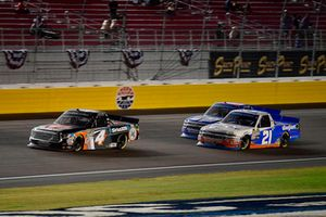 Todd Gilliland, Kyle Busch Motorsports, Toyota Tundra JBL/SiriusXM and Johnny Sauter, GMS Racing, Chevrolet Silverado Allegiant