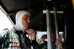 Graham Rahal, Rahal Letterman Lanigan Racing Honda returns to the race after his crash