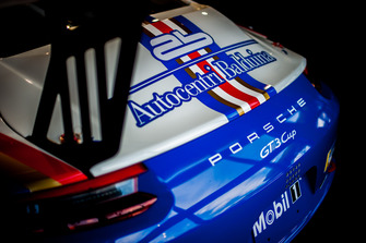 Dettaglio della livrea storica della Porsche GT3 Cup di Francesco De Luca, AB Racing