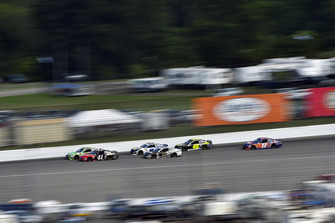 Kurt Busch, Stewart-Haas Racing, Ford Fusion Haas Automation, Aric Almirola, Stewart-Haas Racing, Ford Fusion Smithfield