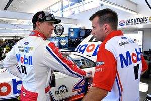 Kevin Harvick, Stewart-Haas Racing, Ford Fusion Mobil 1 and Rodney Childers