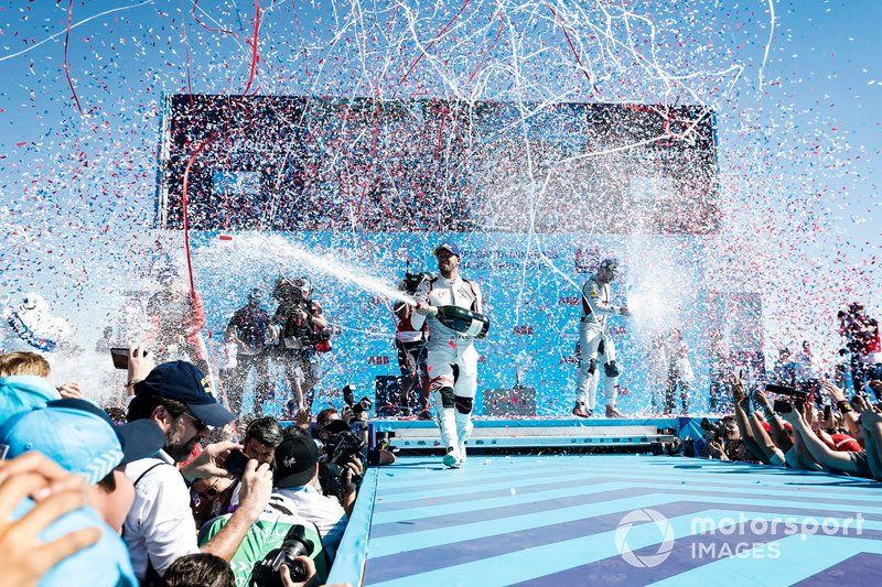 Sam Bird, Envision Virgin Racing, 1st position, sprays fans with champagne on the podium