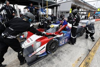 #52 PR1 Mathiasen Motorsports ORECA LMP2, LMP2: Matthew McMurry, Gabriel Aubry, pit stop