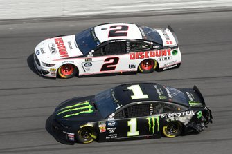 Brad Keselowski, Team Penske, Ford Mustang Discount Tire, Kurt Busch, Chip Ganassi Racing, Chevrolet Camaro Monster Energy