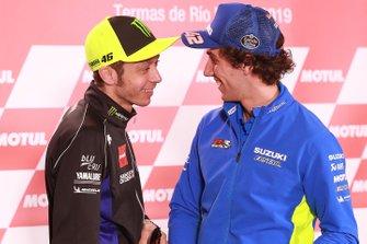 Валентино Росси, Yamaha Factory Racing, Алекс Ринс, Team Suzuki MotoGP