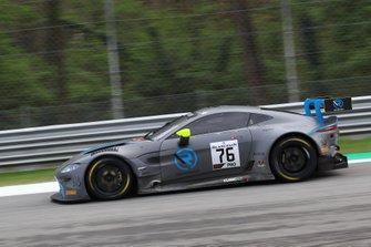 #76 R-Motorsport Aston Martin Vantage AMR GT3: Jake Dennis, Nicki Thiim, Marvin Kirchhöfer