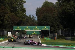 Sergio Perez, Racing Point RP20, Daniel Ricciardo, Renault F1 Team R.S.20, and Valtteri Bottas, Mercedes F1 W11