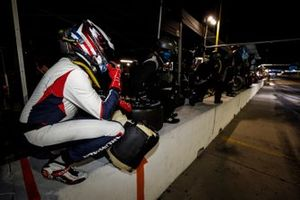 #52 PR1 Mathiasen Motorsports ORECA LMP2 07, LMP2: Patrick Kelly, Simon Trummer, Scott Huffaker, pit stop