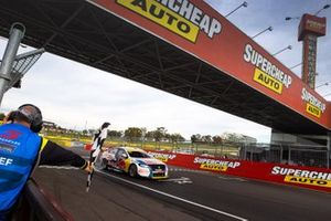 Race winners Shane van Gisbergen, Garth Tander, Triple Eight Race Engineering Holden