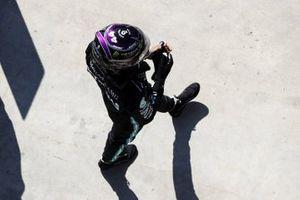 Pol Sitter Lewis Hamilton, Mercedes-AMG F1 in Parc Ferme