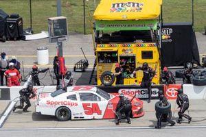 Denny Hamlin, Joe Gibbs Racing, Toyota Supra SportClips pit stop