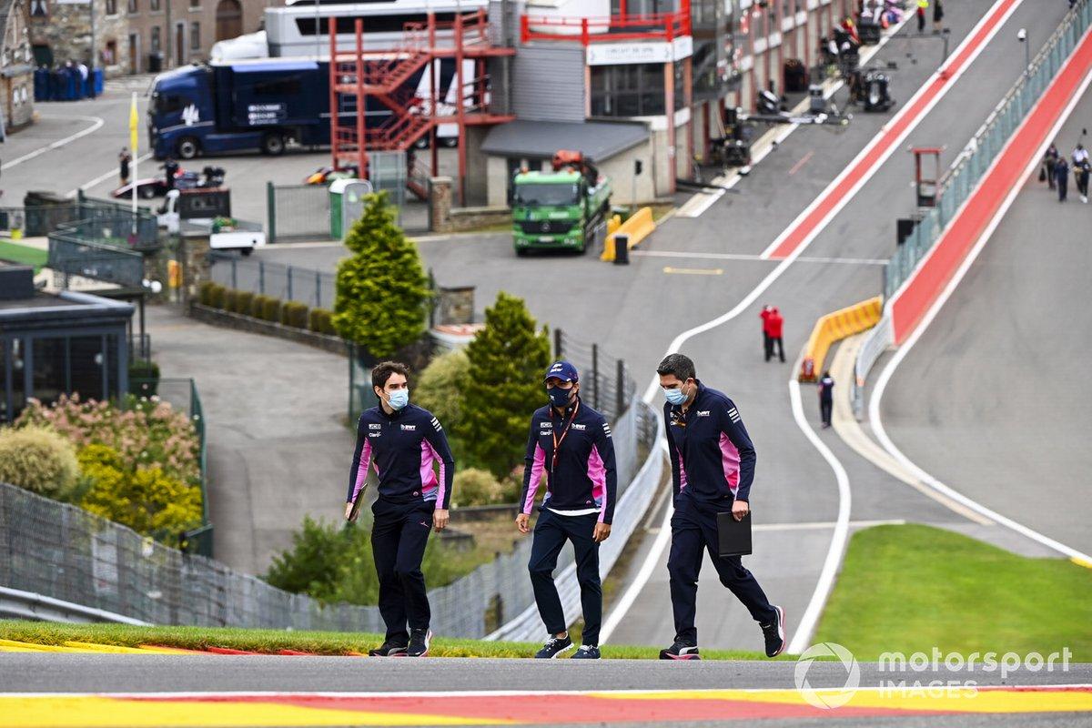 Sergio Pérez, Racing Point camina por el circuito