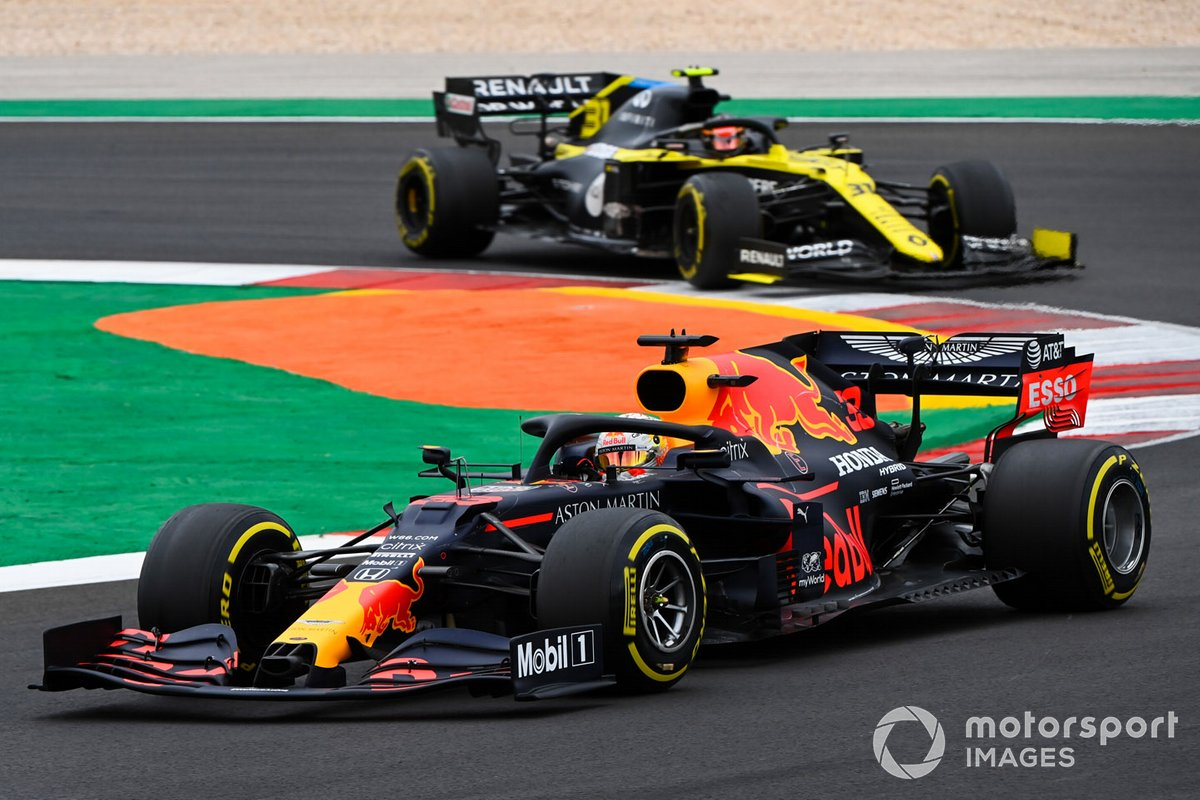 Max Verstappen, Red Bull Racing RB16, Esteban Ocon, Renault F1 Team R.S.20