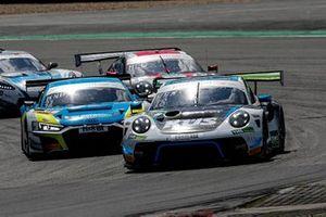 #18 Küs Team75 Bernhard Porsche 911 GT3 R: Jannes Fittje, David Jahn