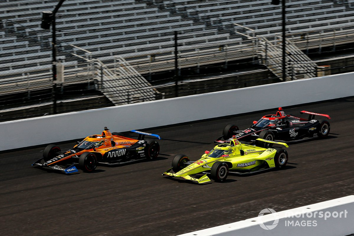 Askew battles with Pagenaud and Power at Indy.