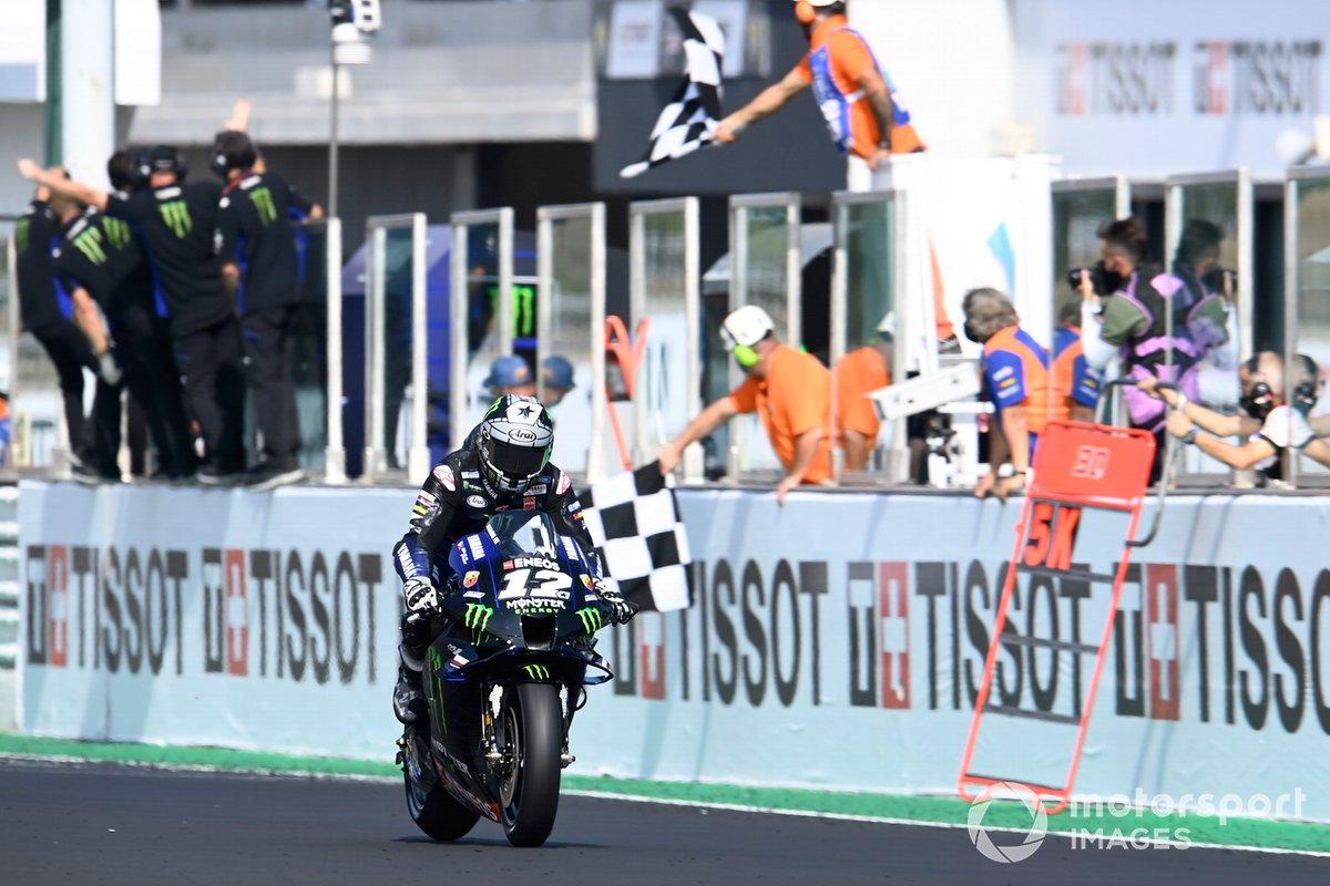 Maverick Vinales, Yamaha Factory Racing, vince la gara