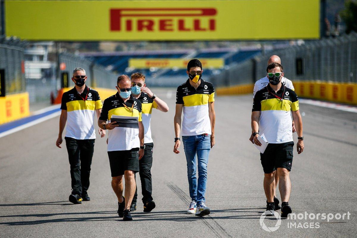 Esteban Ocon, Renault F1, recorre la pista
