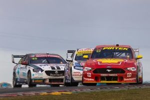 Fabian Coulthard, DJR Team Penske Ford, Jamie Whincup, Triple Eight Race Engineering Holden, Chaz Mostert, Walkinshaw Andretti United Holden