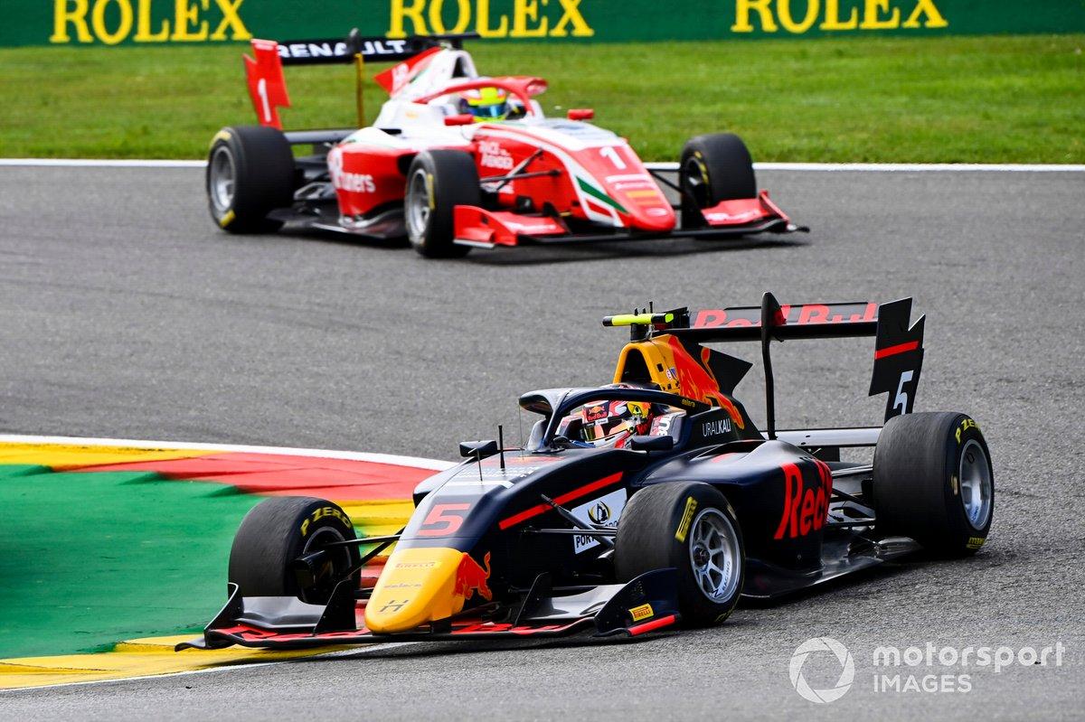 Liam Lawson, Hitech Grand Prix and Oscar Piastri, Prema Racing
