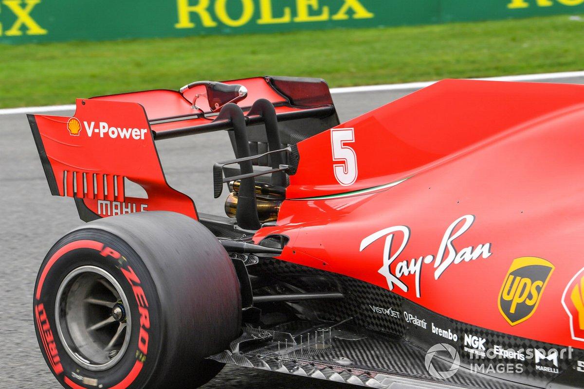 El alerón trasero del monoplaza de Sebastian Vettel, Ferrari SF1000
