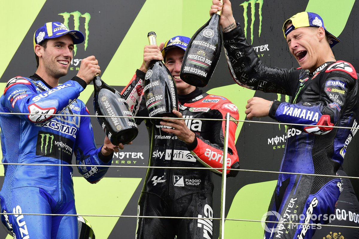 Podio: ganador Fabio Quartararo, Yamaha Factory Racing, segundo lugar Alex Rins, Team Suzuki MotoGP, tercer lugar Aleix Espargaró, Aprilia Racing Team Gresini