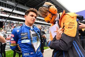 Lando Norris, McLaren, on the grid with his race engineer