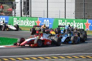 Oscar Piastri, Prema Racing Guanyu Zhou, Uni-Virtuosi Racing