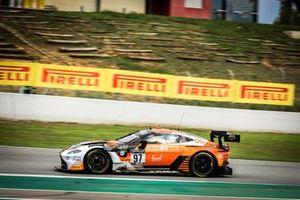 #97 Oman Racing Aston Martin Vantage AMR GT3: Ahmad Al Harthy, Giacomo Petrobelli, Charlie Eastwood