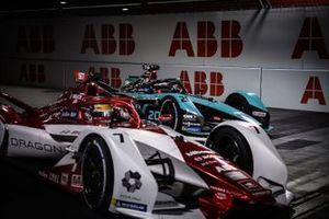 Sergio Sette Camara, Dragon Penske Autosport, Penske EV-5, Mitch Evans, Jaguar Racing, Jaguar I-TYPE 5