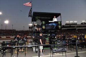 Kurt Busch, Chip Ganassi Racing, Chevrolet Camaro Monster Energy, Monster Guest pit Box