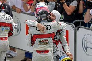 Le vainqueur Nico Müller, Audi Sport Team Abt Sportsline, Mike Rockenfeller, Audi Sport Team Phoenix