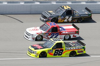 Matt Crafton, ThorSport Racing, Ford F-150 Chi Chis/ Menards Austin Wayne Self, AM Racing, Chevrolet Silverado GO TEXAN Brett Moffitt, GMS Racing, Chevrolet Silverado Chevrolet Accessories