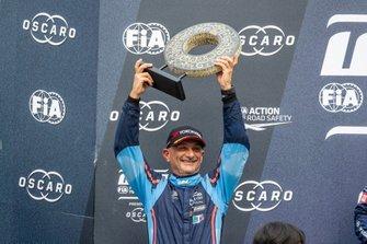 Podio: Gabriele Tarquini, BRC Hyundai N Squadra Corse Hyundai i30 N TCR
