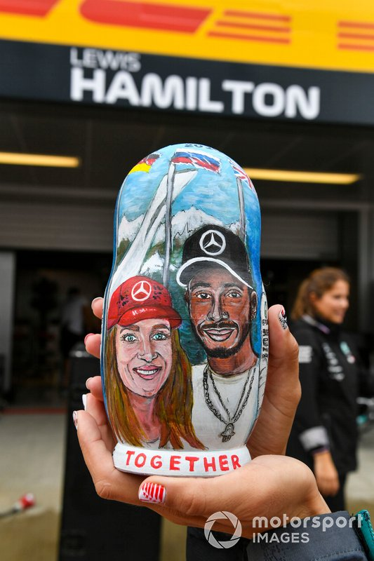A fan with Lewis Hamilton, Mercedes AMG F1 Matryoshka doll