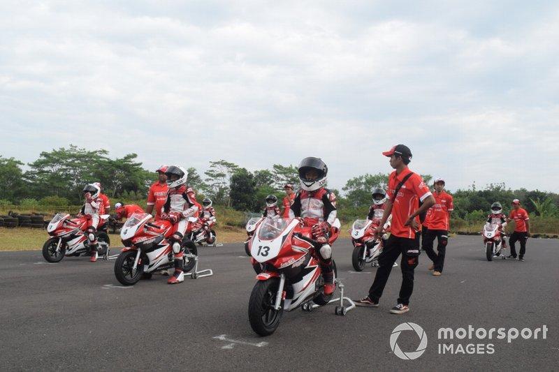 Program pelatihan Batch I Astra Honda Racing School (AHRS)