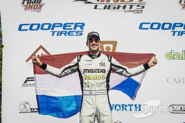 13. Rinus van Kalmthout werd dit jaar tweede in de Indy Lights, maar wie werd er kampioen in deze opstapklasse?