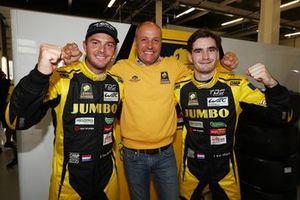 Гонщики Racing Team Nederland Фриц ван Эрд, Гидо ван дер Гарде и Йоб ван Эйтерт