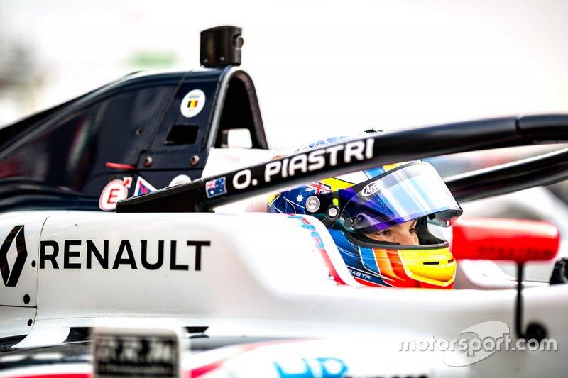Oscar Piastri, R-ACE GP