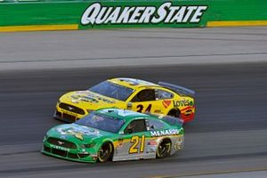 Paul Menard, Wood Brothers Racing, Ford Mustang Menards / Quaker State and Michael McDowell, Front Row Motorsports, Ford Mustang Love's Travel Stops