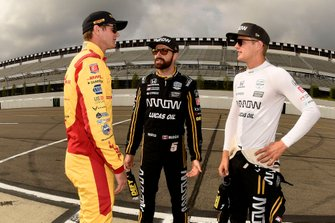 Ryan Hunter-Reay, Andretti Autosport Honda, James Hinchcliffe, Arrow Schmidt Peterson Motorsports Honda, and Marcus Ericsson, Arrow Schmidt Peterson Motorsports Honda