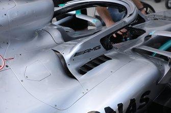 Mercedes AMG F1 W10, cockpit
