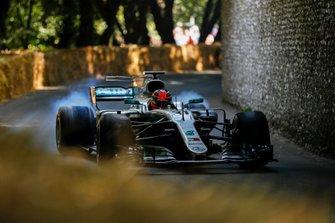 Эстебан Окон, Mercedes AMG F1 W10