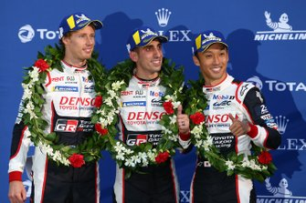 Podium: race winners #8 Toyota Gazoo Racing Toyota TS050 - Hybrid: Sébastien Buemi, Kazuki Nakajima, Brendon Hartley