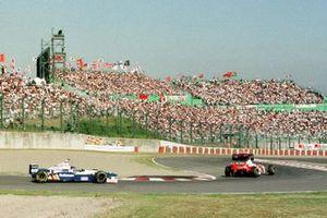Michael Schumacher, Ferrari, Mika Hakkinen, McLaren, Jacques Villeneuve, Williams