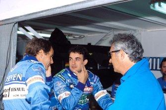 Gerhard Berger, Benetton, und Jean Alesi, Benetton, mit Flavio Briatore