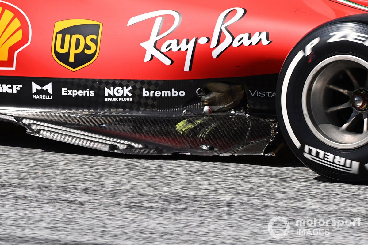 Charles Leclerc, Ferrari SF1000, con daños después de chocar con Sebastian Vettel