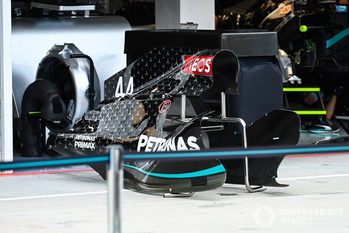 Bodywork detail of the Mercedes F1 W11 EQ Performance