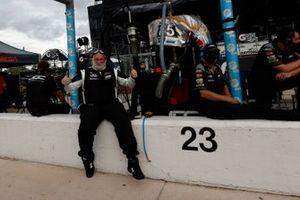 #85: JDC-Miller Motorsports Cadillac DPi, DPi: Chris Miller, Tristan Vautier, crew
