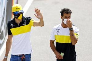 Esteban Ocon, Renault F1, Daniel Ricciardo, Renault F1