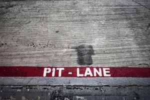 Pit lane sign